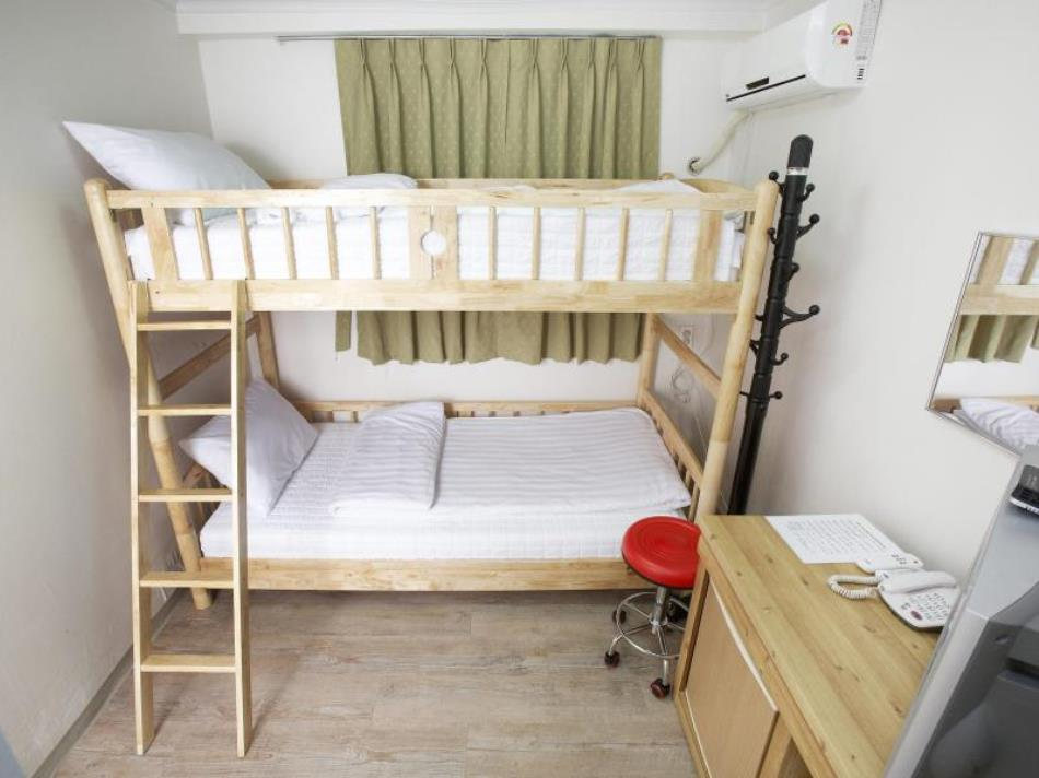 24 Guesthouse Myeongdong