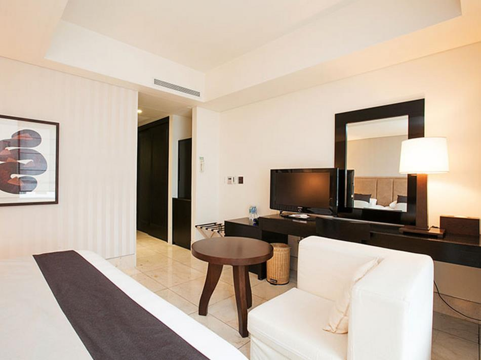 Baume Couture Boutique Hotel