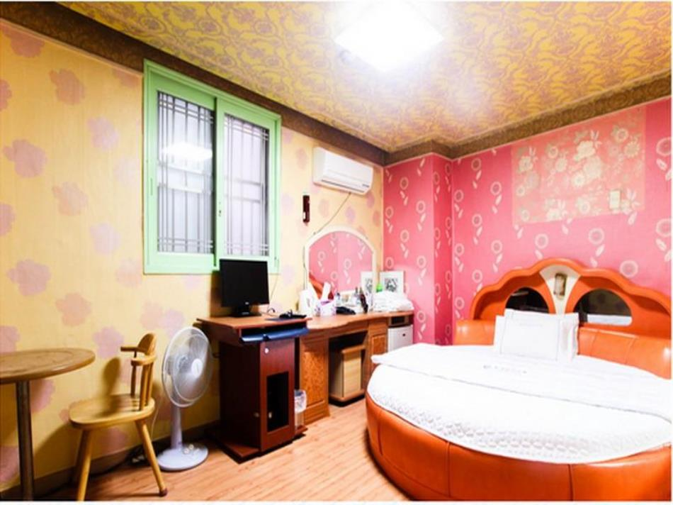 Goodstay Dongrae Oncheon Hotel