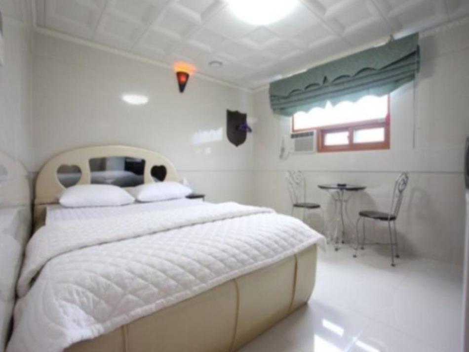 Goodstay Palgyeong Motel