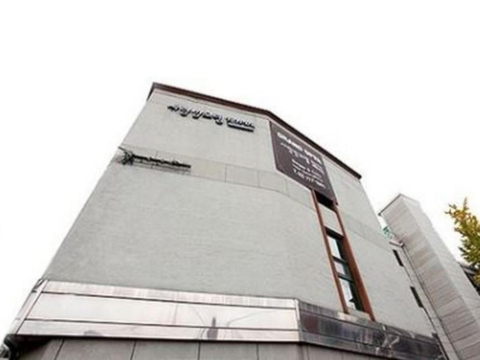 Hotel Sarangbang Yongsan
