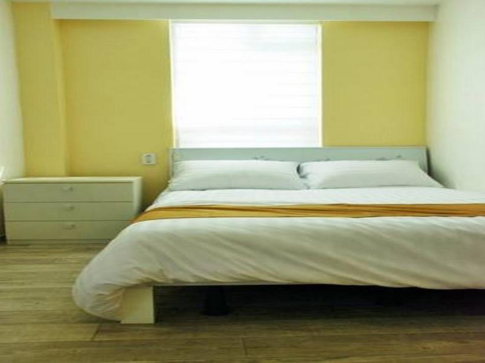 Yellow Brick 2 Hostel