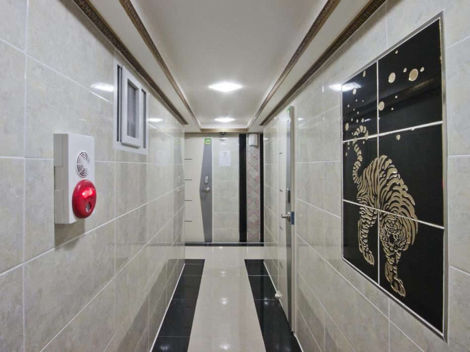 24 Guesthouse Sinchon