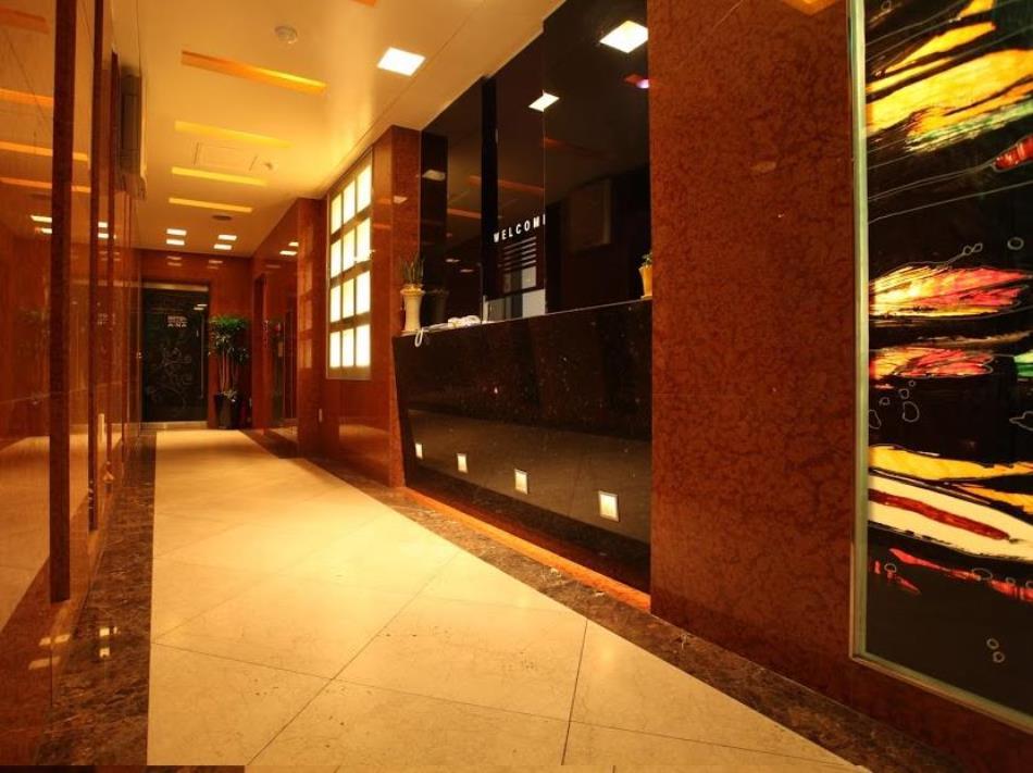 A-NA Hotel