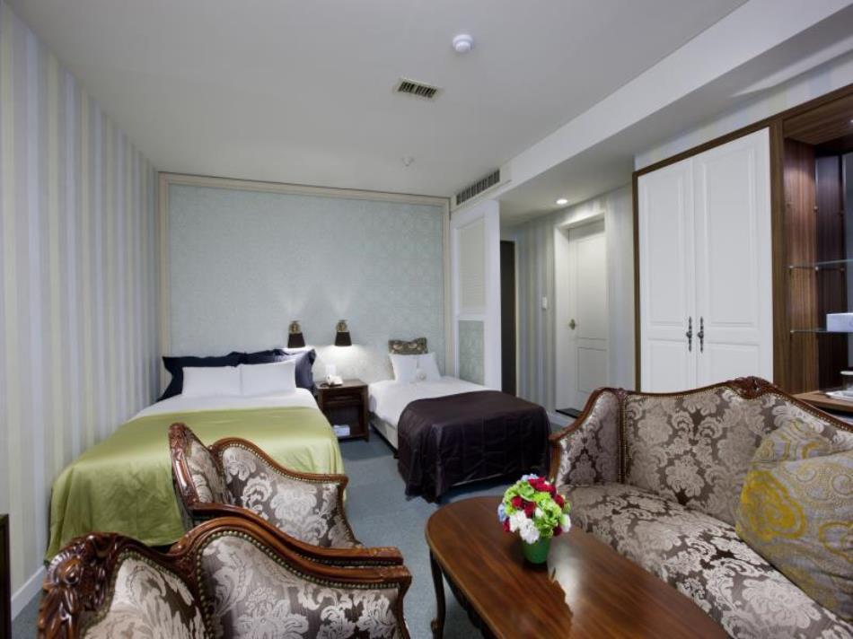Central Tourist Hotel