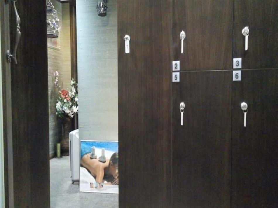 Cuimei Suite Guesthouse for Female Only