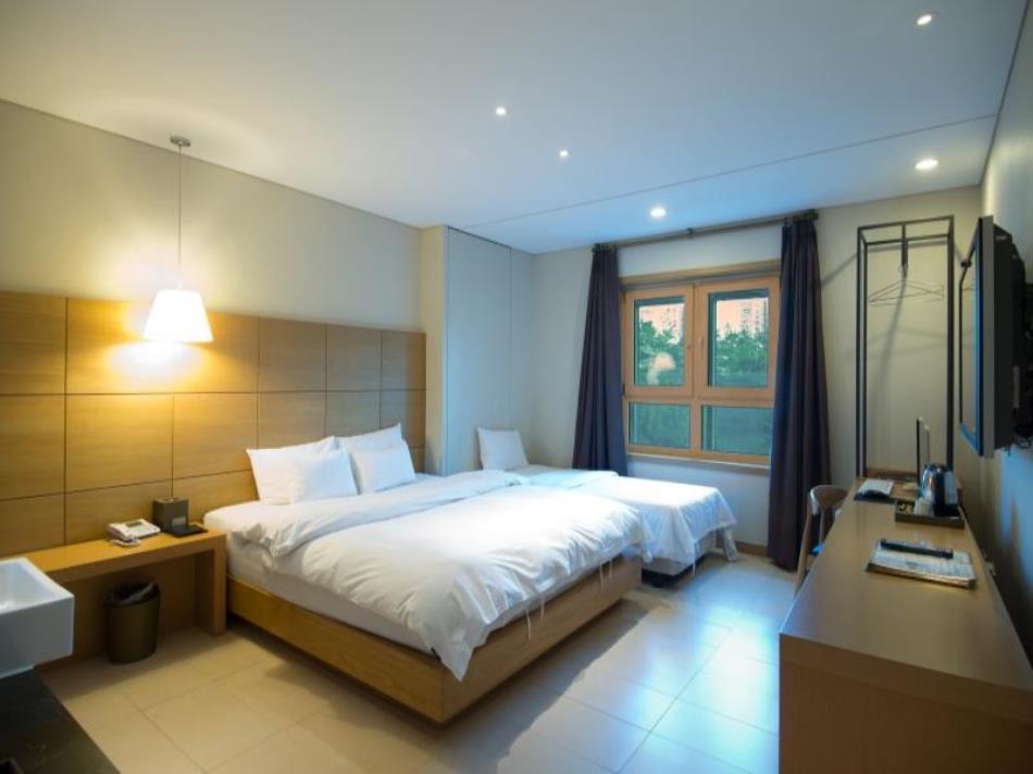 F Hotel Yeongdeungpo