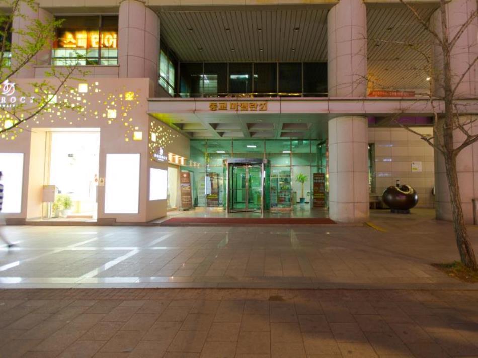 Jeongstay Hostel