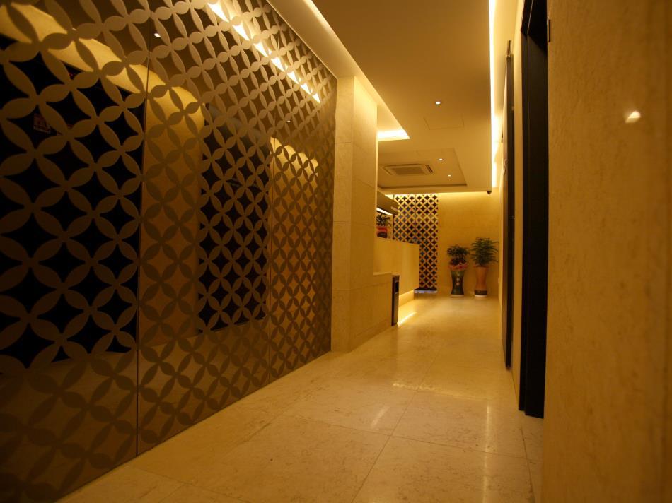 Shinchon Hotel Spring 21