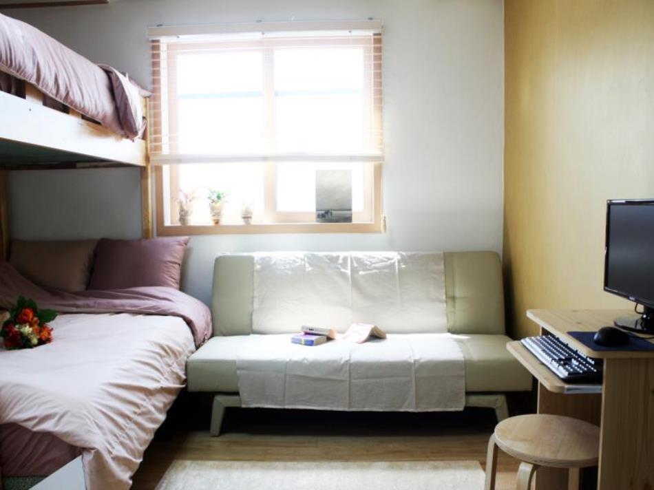 Studio 41st Residence