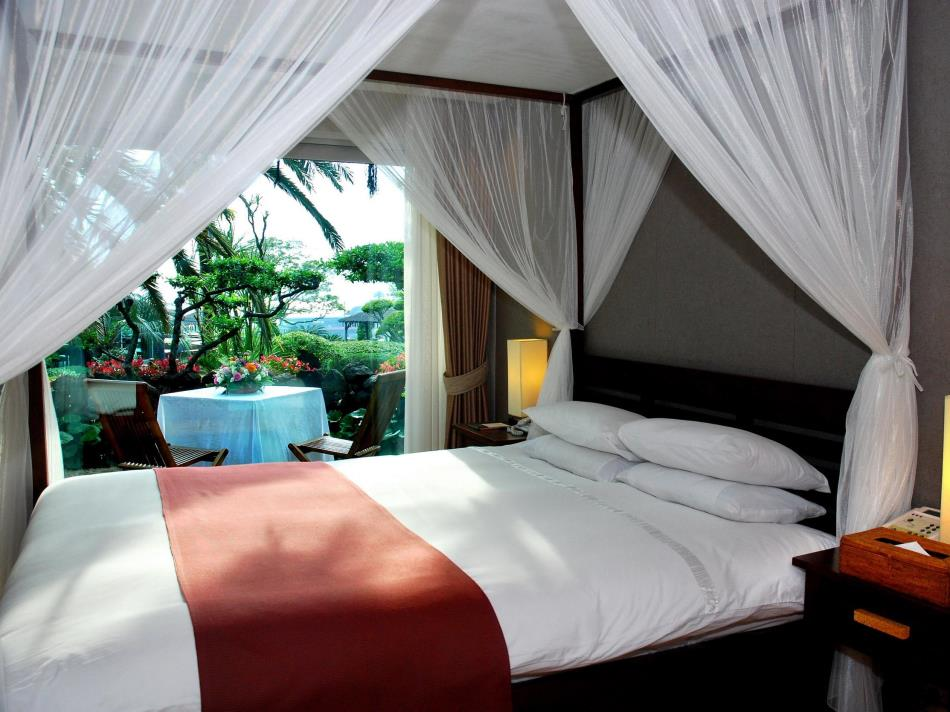 The Seaes Hotel & Resort