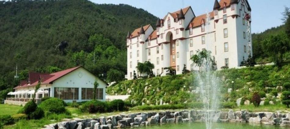 White Castle Resort