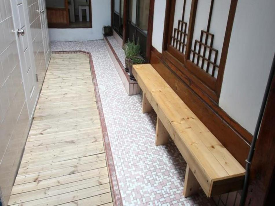 iCOS Guesthouse 1 for Female